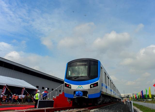 Đoàn tàu đầu tiên của dự án metro số 1 Bến Thành - Suối Tiên chính thức ra mắt - Ảnh 2.