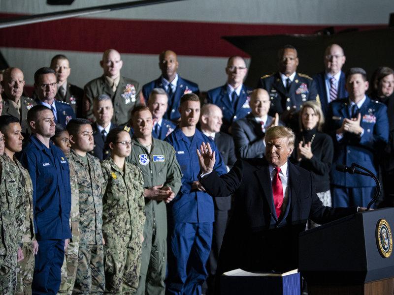 Thành - bại của Tổng thống Trump sau gần 4 năm điều hành nhiều sóng gió - Ảnh 2.