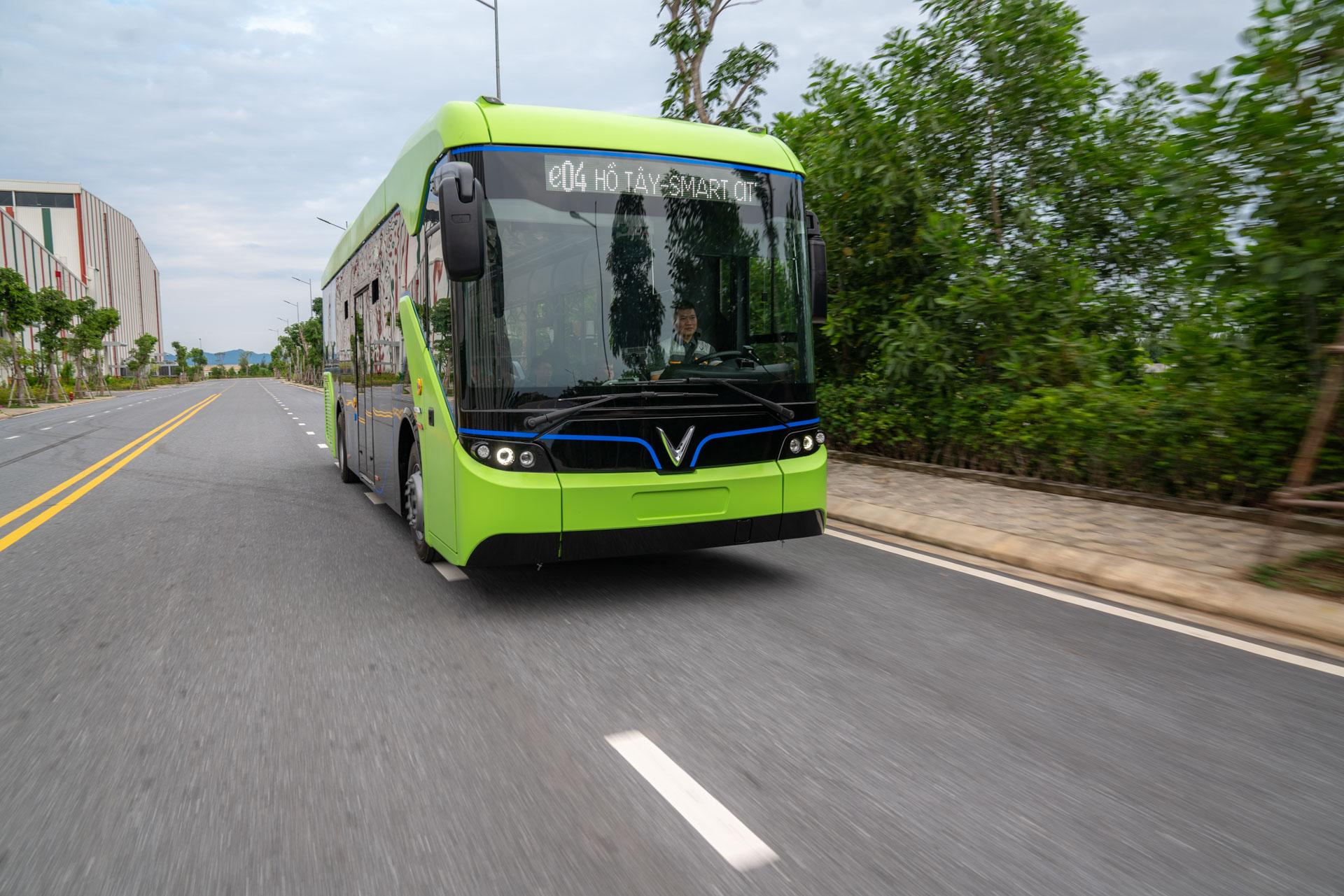 Vingroup chạy thử thành công xe bus điện đầu tiên ở Việt Nam - Ảnh 6.