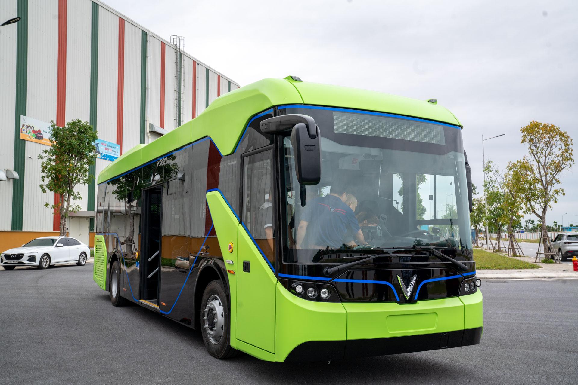Vingroup chạy thử thành công xe bus điện đầu tiên ở Việt Nam - Ảnh 2.