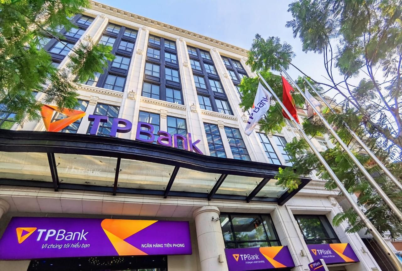 TPBank đạt 3.024 tỉ đồng lợi nhuận cuối quí III, nợ xấu dưới 2% - Ảnh 1.