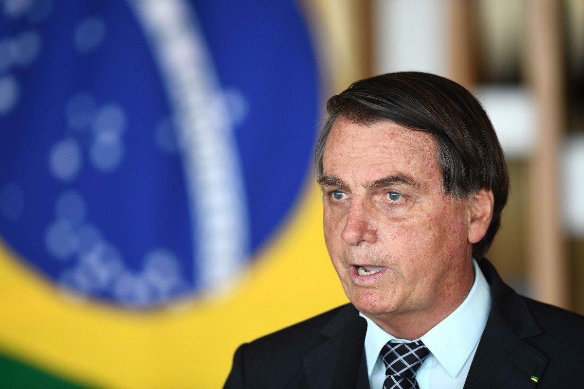 Tổng thống Brazil từ chối kế hoạch mua vắc xin từ Sinovac Trung Quốc - Ảnh 1.