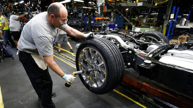 Nhìn lại ngành ô tô Mỹ qua nhiệm kì của Tổng thống Donald Trump - Ảnh 1.