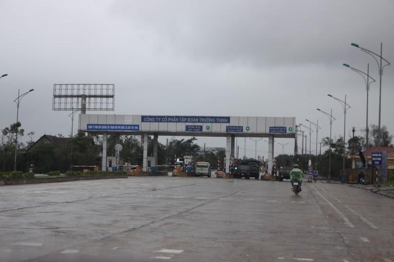 Tạm dừng thu phí BOT Quảng Trị nhằm tạo điều kiện cứu trợ bão lụt