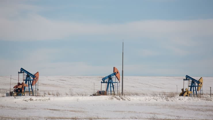 Giá xăng dầu hôm nay 24/10: Dầu tiếp tục giảm do nhu cầu chưa được cải thiện - Ảnh 1.