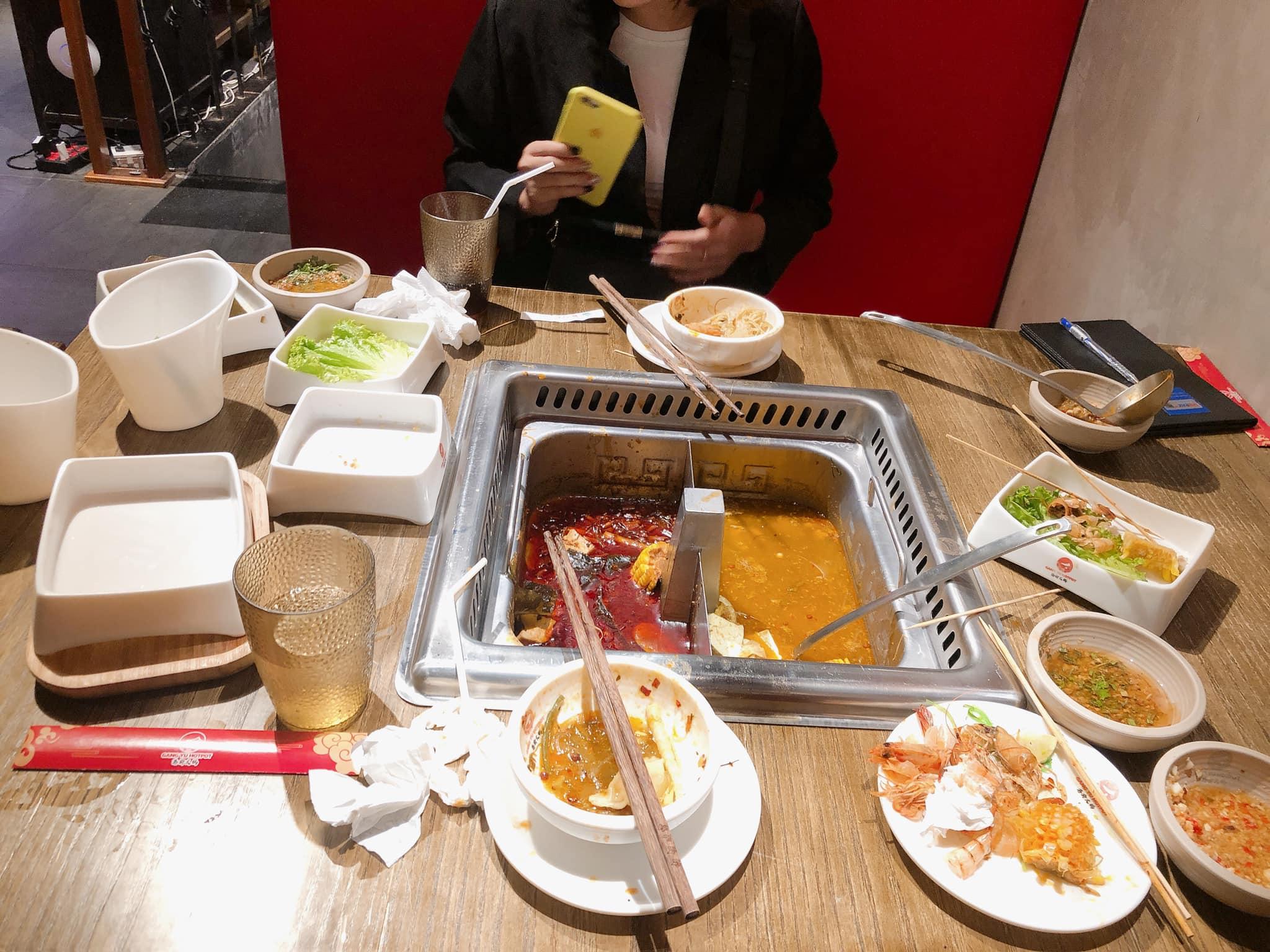 Nhà hàng ở Đà Nẵng đã lên tiếng xin lỗi sau vụ phạt khách 200.000 đồng vì đồ ăn thừa - Ảnh 1.