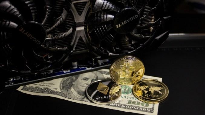Chuyên gia: Bitcoin sẽ tiếp tục tăng giá khi vàng giảm giá trị - Ảnh 1.