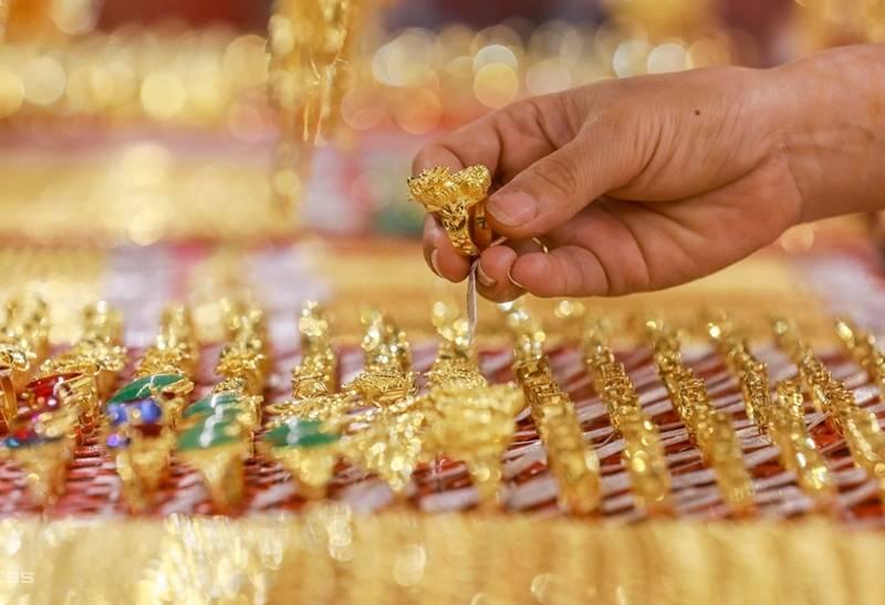 Giá vàng hôm nay 30/10: Vàng SJC đảo chiều giảm 100.000 đồng/lượng - Ảnh 1.