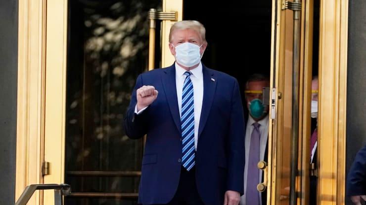Ông Trump đã xuất viện dù vẫn dương tính, muốn đi tranh cử  trở lại - Ảnh 1.