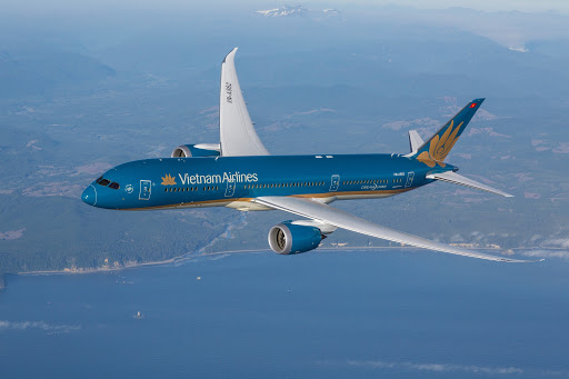 Bộ GTVT lấy ý kiến Hà Nội, TP HCM về thời gian khai thác chuyến bay quốc tế - Ảnh 1.