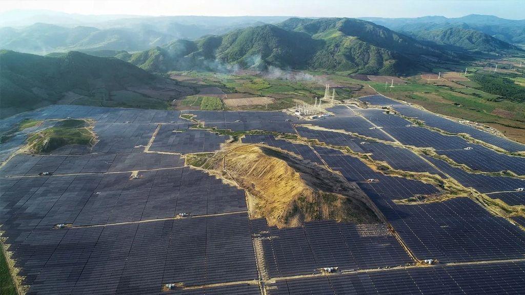 ADB và TTP Phú Yên kí kết khoản vay 186 triệu USD xây dựng nhà máy điện mặt trời lớn nhất Việt Nam - Ảnh 1.