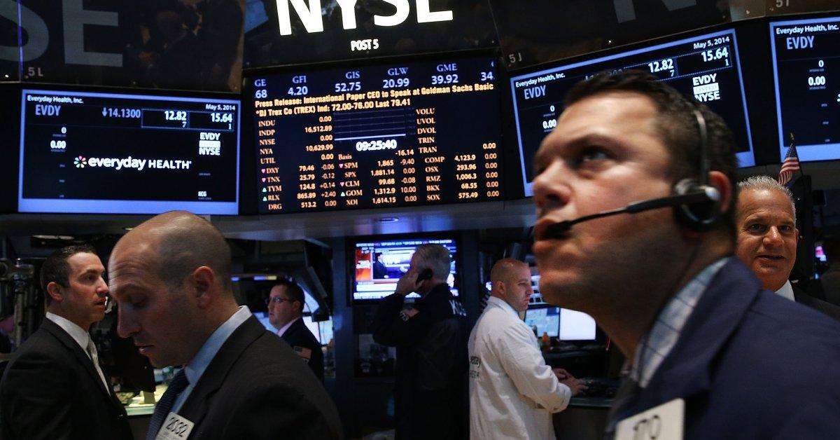 Cổ phiếu công nghệ Mỹ và Trung Quốc đồng loạt bán tháo - Ảnh 1.