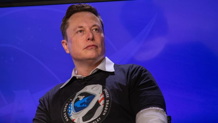 Tỉ phú Elon Musk có khả năng nhiễm COVID-19 - Ảnh 1.