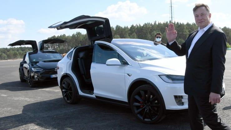 Doanh số Tesla tăng 36% bất chấp đại dịch, CEO Elon Musk có thêm 140 tỷ USD - Ảnh 1.