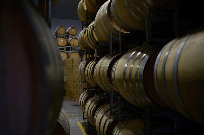 Australia - Trung Quốc đối địch, ngành rượu vang bị vạ lây - Ảnh 1.