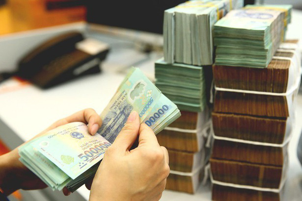Tiền gửi doanh nghiệp tăng thêm 141.000 tỉ trong tháng 9