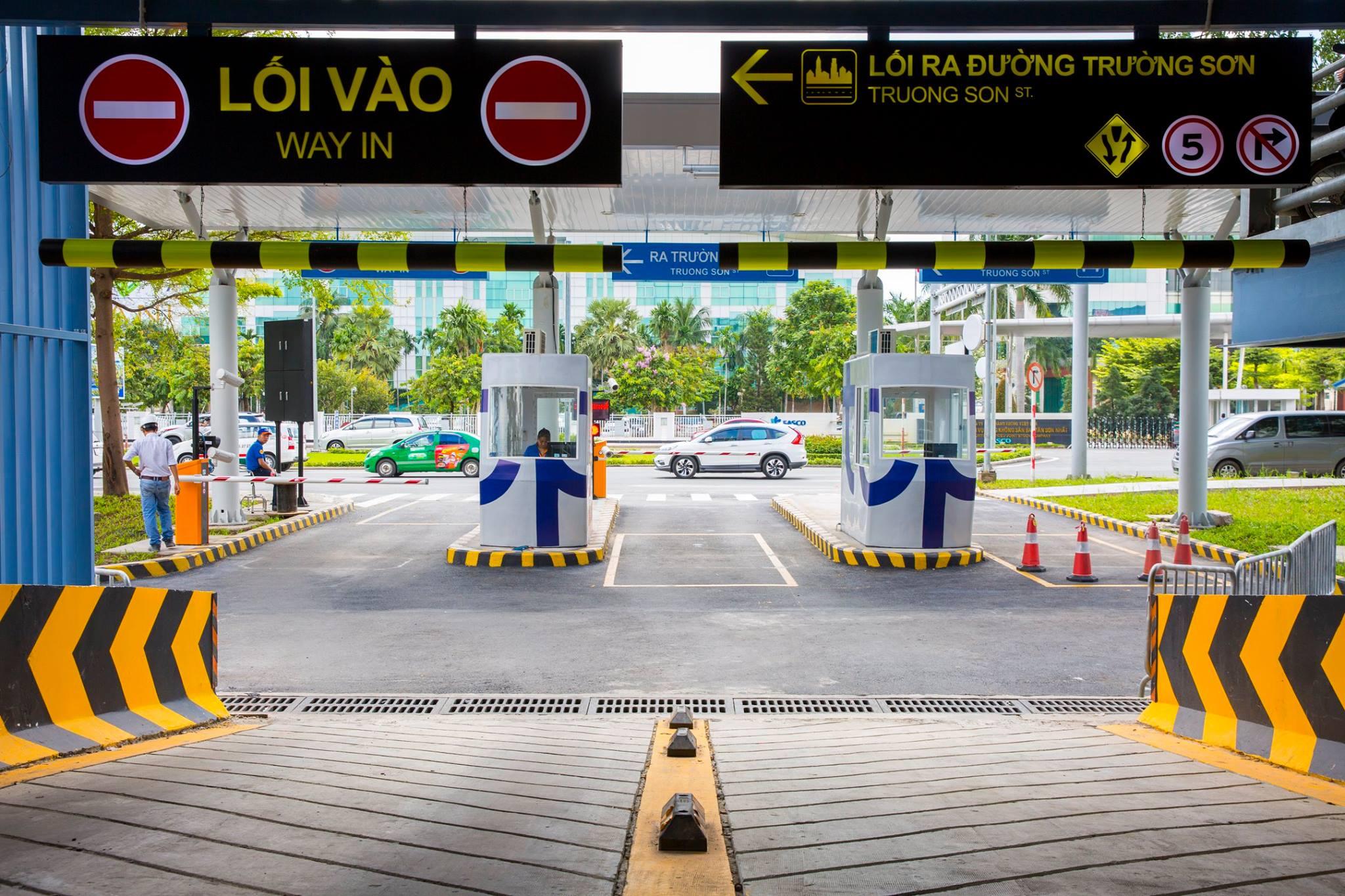 Nhà xe sân bay Tân Sơn Nhất kiếm bộn tiền sau 4 năm vận hành - Ảnh 1.