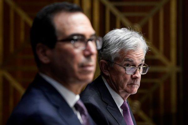 Fed đối mặt giai đoạn chuyển tiếp gian nan sau khi mất chương trình cho vay - Ảnh 1.