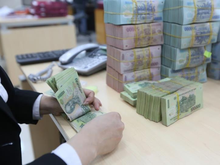 Ngân sách Nhà nước bội chi gần 137 nghìn tỉ đồng trong 11 tháng - Ảnh 1.