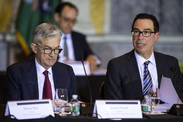 """Chủ tịch Fed coi trọng chương trình cho vay, gọi triển vọng kinh tế là """"cực kì không chắc chắn' - Ảnh 1."""