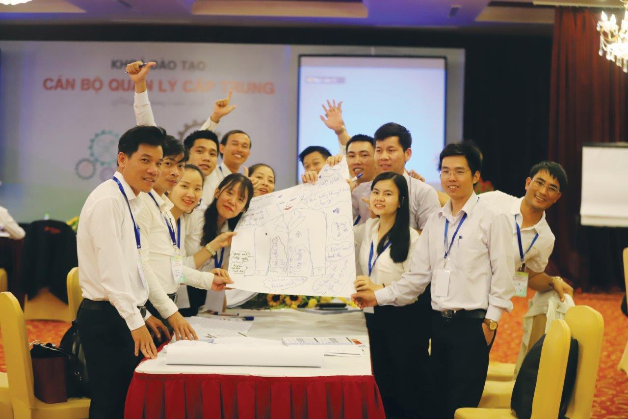 Nhiều môi trường làm việc lí tưởng cho người giỏi lựa chọn tại Việt Nam - Ảnh 1.