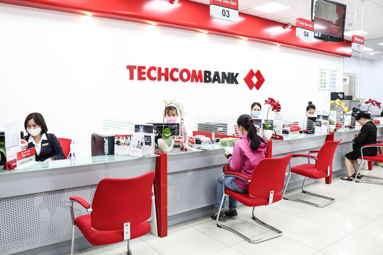 Nhân tố giúp Techcombank tăng trưởng doanh thu 20 quí liên tiếp - Ảnh 1.