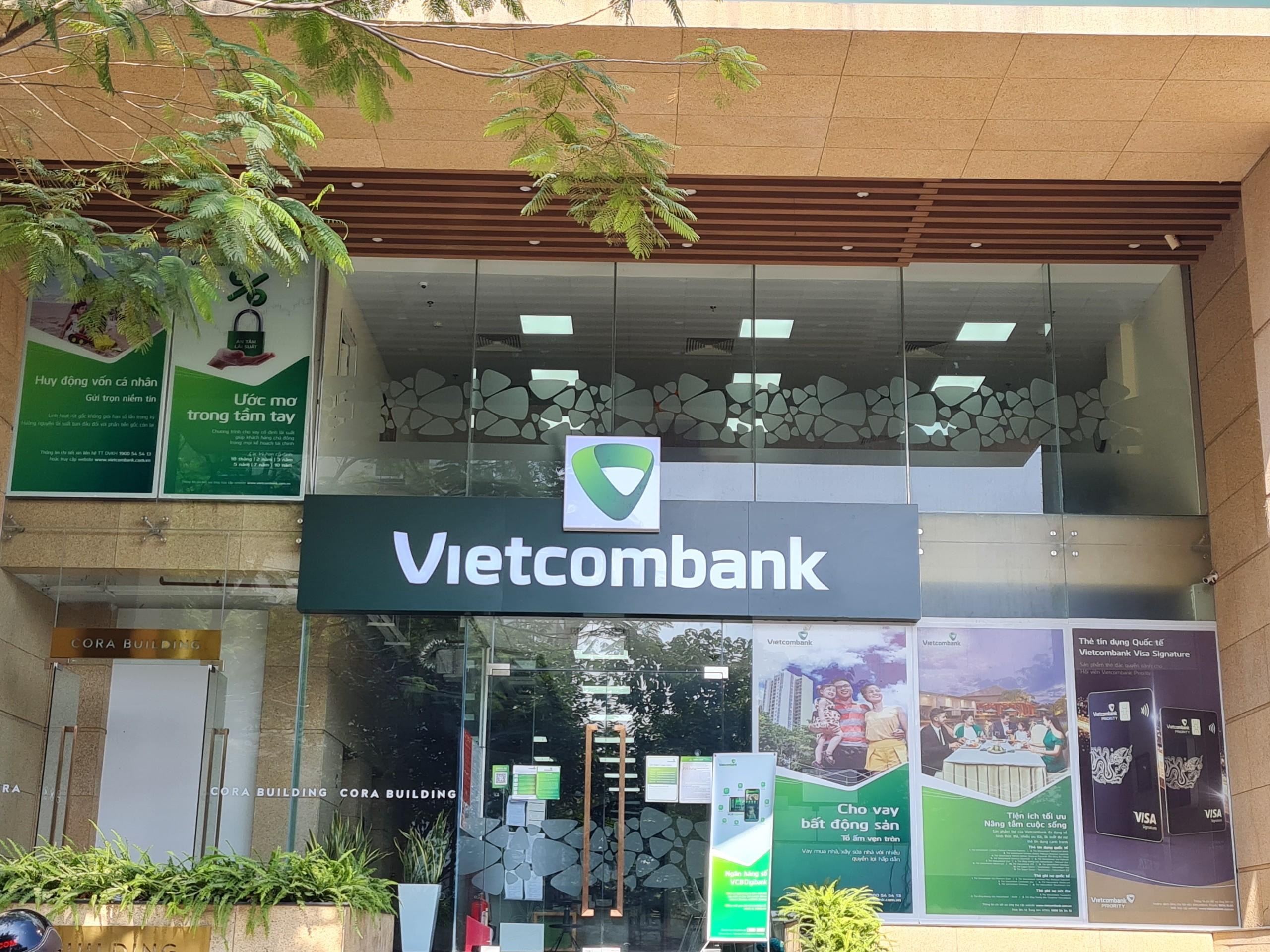 Vietcombank giảm tới 1% lãi suất cho vay đối với các doanh nghiệp - Ảnh 1.