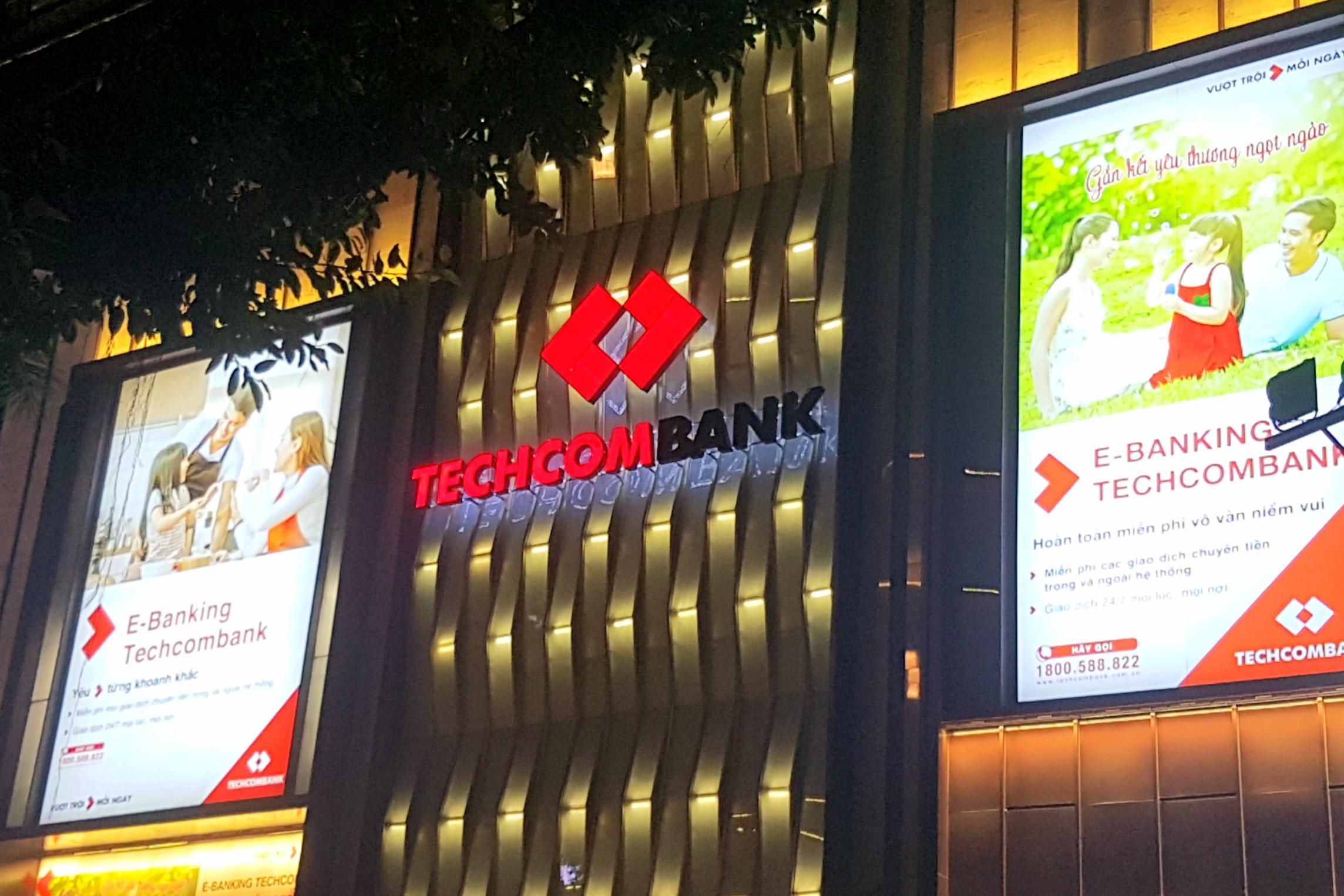 Techcombank phân phối xong gần 4,77 triệu cổ phiếu cho 217 nhân viên
