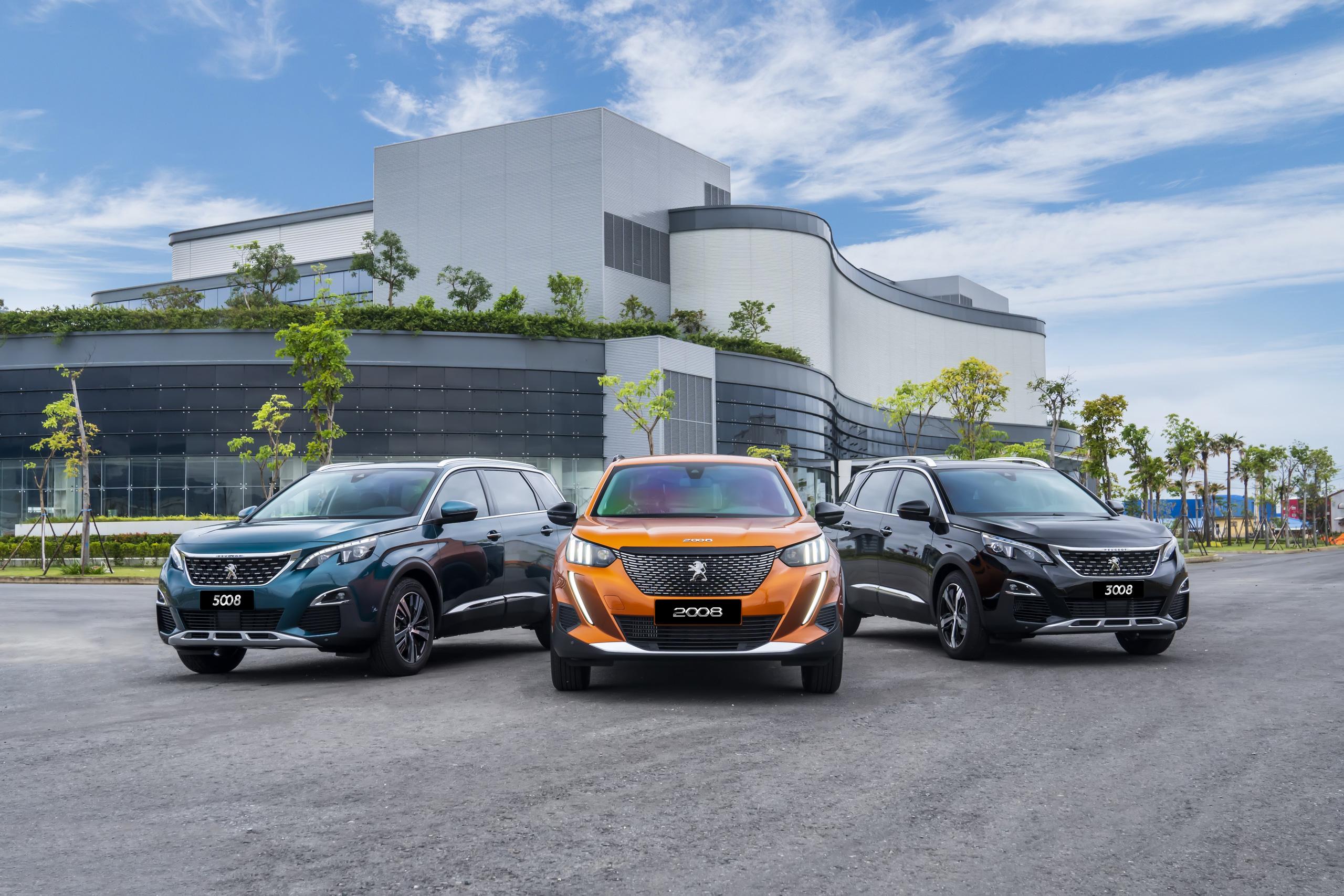 Peugeot tạo cú hích cuối năm, giao xe trước thềm năm mới - Ảnh 1.