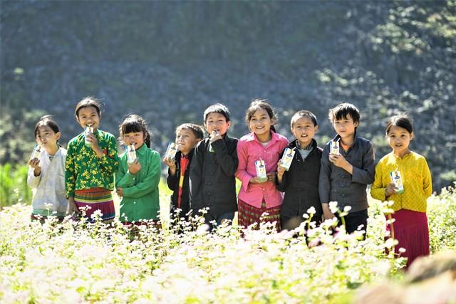 Vinamilk tiếp sức dinh dưỡng cho những 'chiếc lá chưa lành' - Ảnh 6.