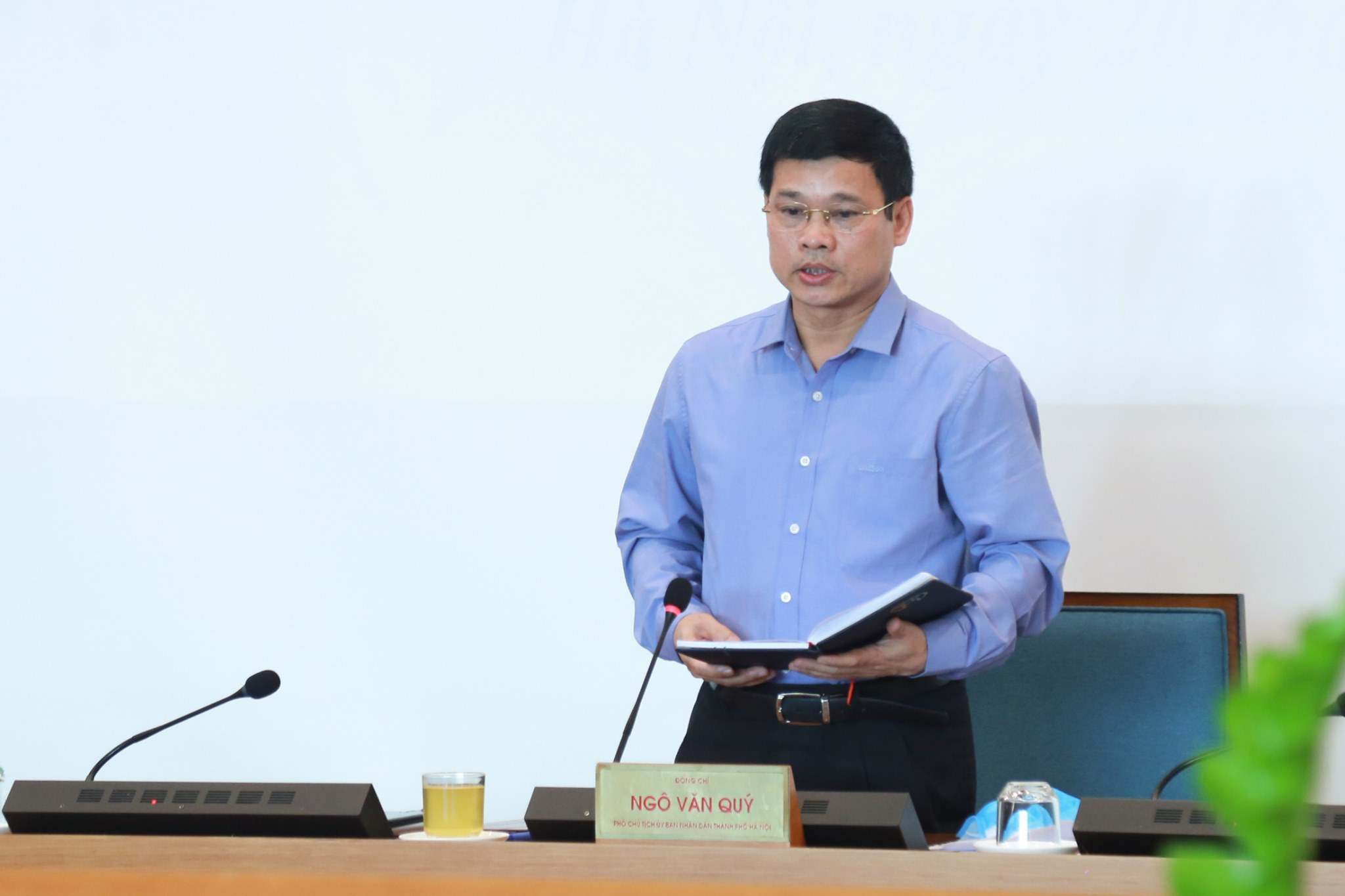 Học sinh Hà Nội có thể đi học từ nửa đầu tháng 5 - Ảnh 1.