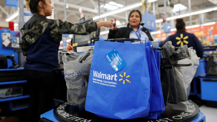 This is what's behind Walmart's staying power that could outmaneuver Amazon - Ảnh 1.