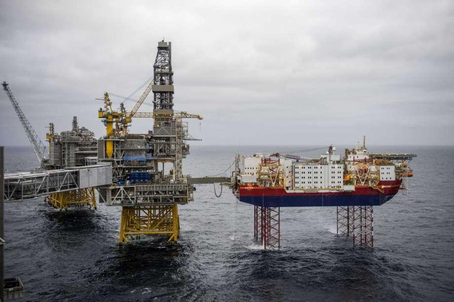 Tăng nhập khẩu dầu thô trong quí I, Trung Quốc có công lớn với thị trường dầu mỏ - Ảnh 1.