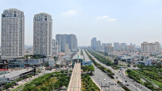 Cuộc đua của hàng loạt cao ốc 'đu bám' dọc tuyến Metro Bến Thành - Suối Tiên - Ảnh 4.