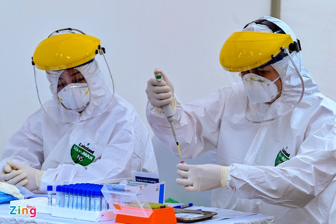 Giám đốc CDC Hà Nội từng đề xuất mua nhiều máy móc trước khi bị bắt - Ảnh 2.