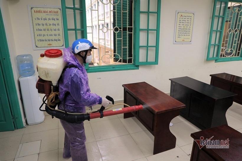 Đề xuất cho học sinh Hà Nội trở lại trường theo 4 giai đoạn - Ảnh 1.