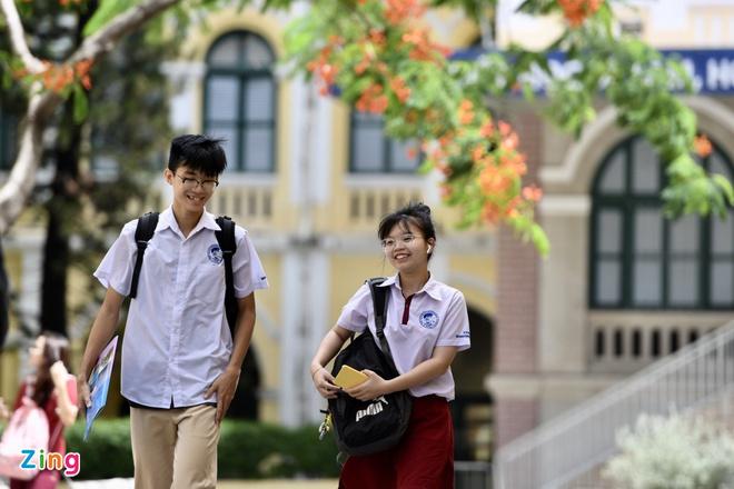 TP HCM chốt phương án cho học sinh trở lại trường trong chiều nay - Ảnh 1.