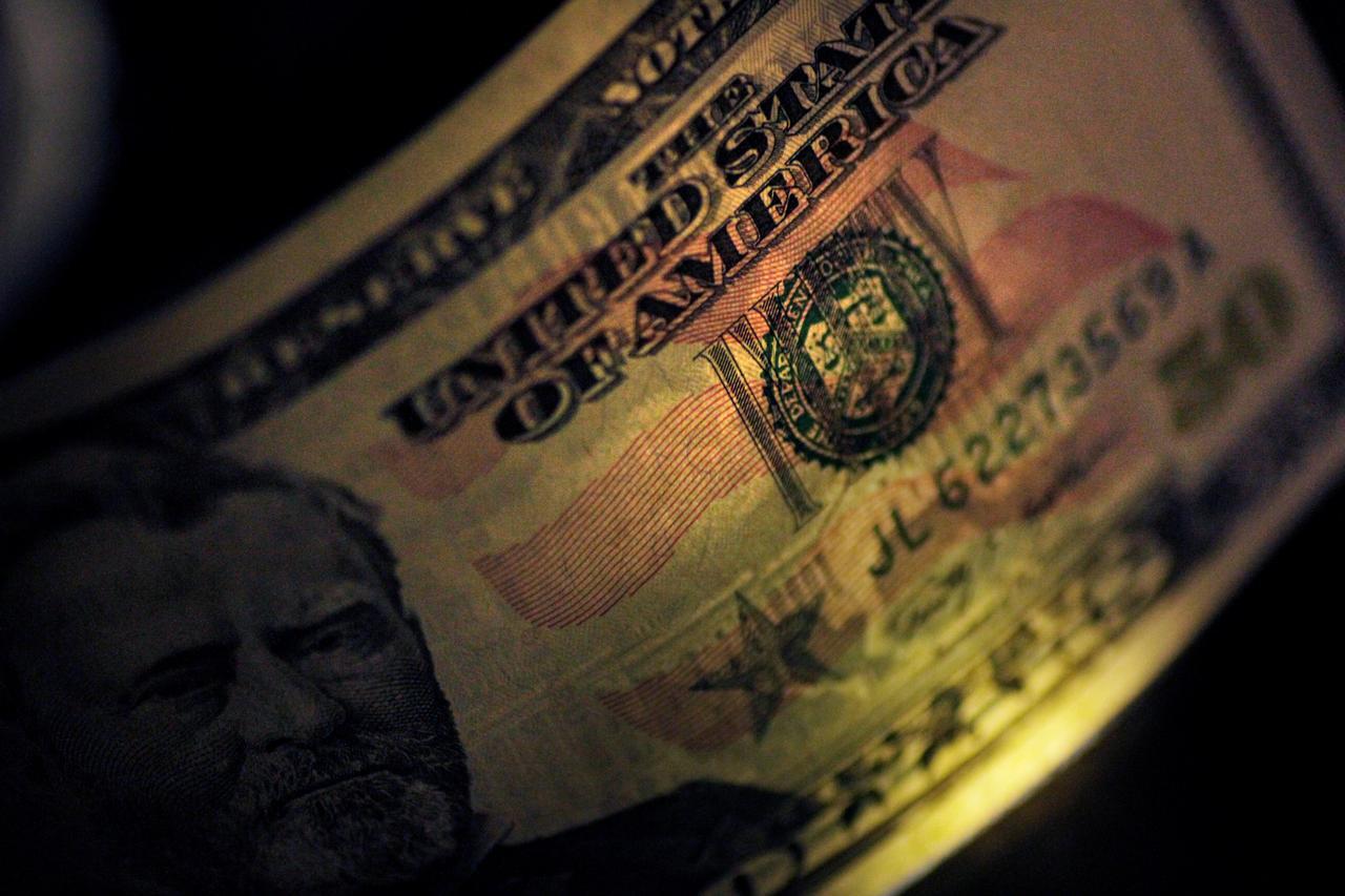 Tỷ giá USD hôm nay 19/9: Kết thúc tuần giao dịch ở mức thấp - Ảnh 1.