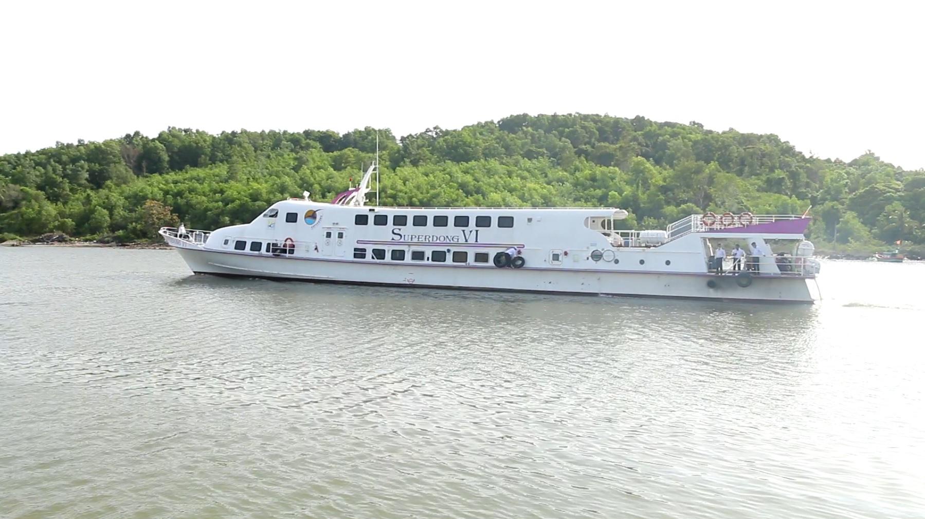 Cảng Vịnh Đầm: Cầu nối mới rút ngắn khoảng cách từ Quốc - Nam Du - Ảnh 1.
