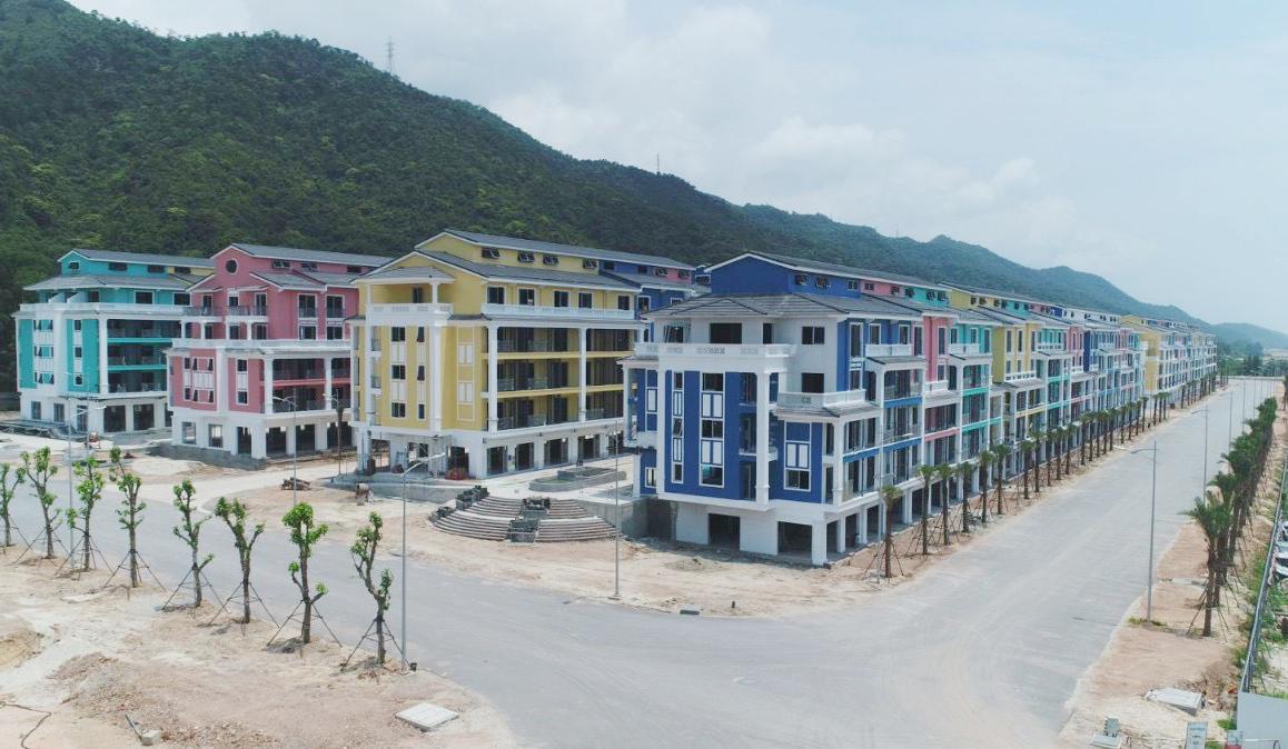 CEO Group đã rót bao nhiêu tiền vào siêu dự án Sonasea Vân Đồn Harbor City? - Ảnh 1.