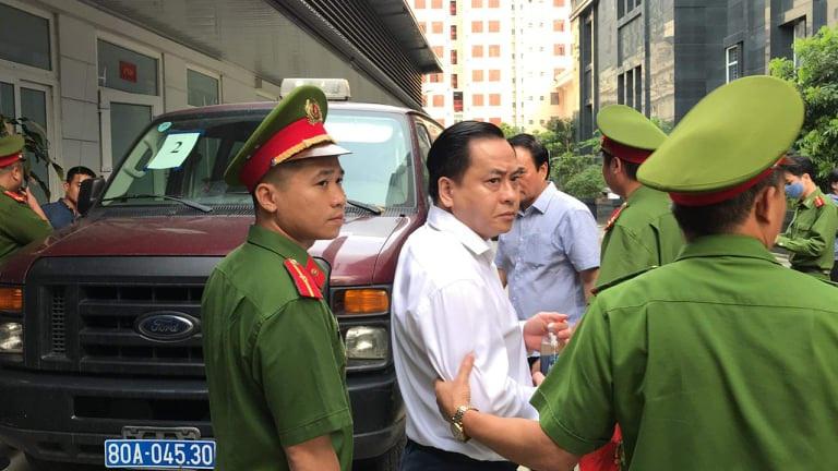 Bác kháng cáo kêu oan, bắt giam ngay 2 cựu Chủ tịch Đà Nẵng - Ảnh 5.