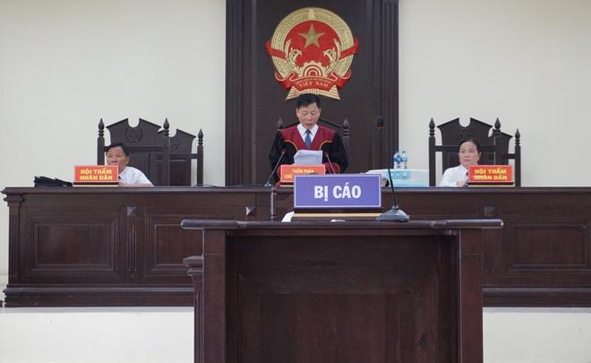Cựu Trưởng công an TP Thanh Hóa bị phạt 24 tháng tù - Ảnh 1.