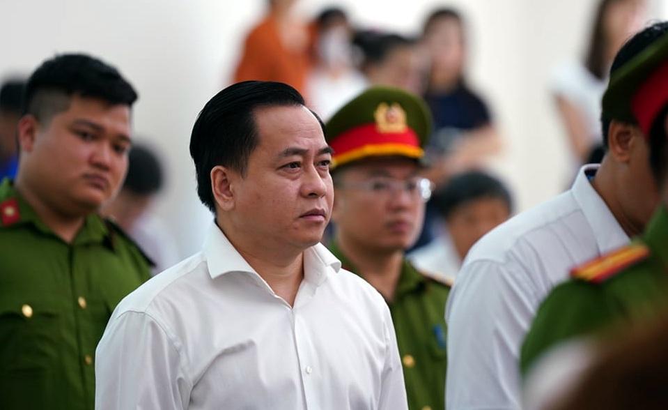 Bác kháng cáo kêu oan, bắt giam ngay 2 cựu Chủ tịch Đà Nẵng - Ảnh 3.