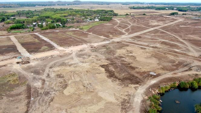 Cận cảnh khu đất ở Bà Rịa - Vũng Tàu đang bị kiểm tra vì bán đất nền kiểu Alibaba - Ảnh 31.