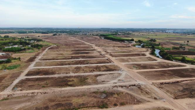Cận cảnh khu đất ở Bà Rịa - Vũng Tàu đang bị kiểm tra vì bán đất nền kiểu Alibaba - Ảnh 8.