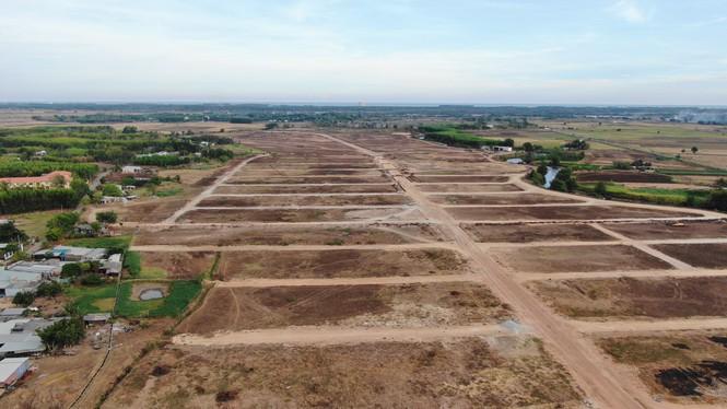 Cận cảnh khu đất ở Bà Rịa - Vũng Tàu đang bị kiểm tra vì bán đất nền kiểu Alibaba - Ảnh 9.