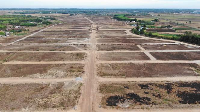 Cận cảnh khu đất ở Bà Rịa - Vũng Tàu đang bị kiểm tra vì bán đất nền kiểu Alibaba - Ảnh 10.