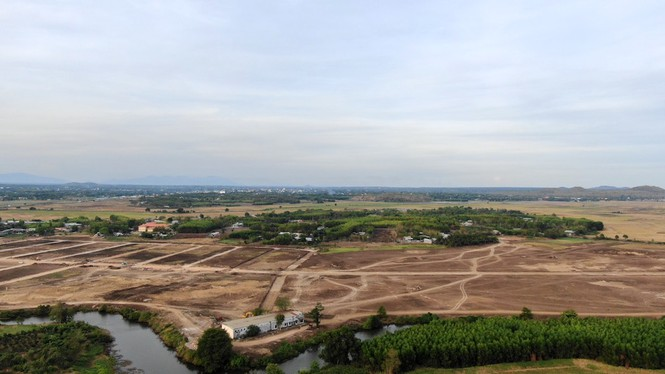Cận cảnh khu đất ở Bà Rịa - Vũng Tàu đang bị kiểm tra vì bán đất nền kiểu Alibaba - Ảnh 34.