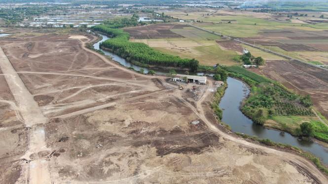 Cận cảnh khu đất ở Bà Rịa - Vũng Tàu đang bị kiểm tra vì bán đất nền kiểu Alibaba - Ảnh 25.