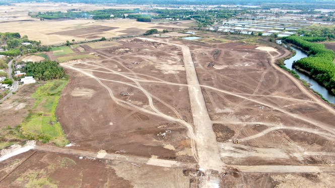 Cận cảnh khu đất ở Bà Rịa - Vũng Tàu đang bị kiểm tra vì bán đất nền kiểu Alibaba - Ảnh 13.